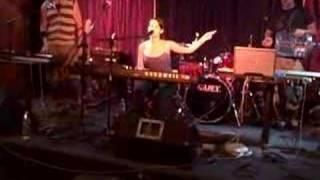 Ximena Sariñana - The Mint (Clip 1) [Live]