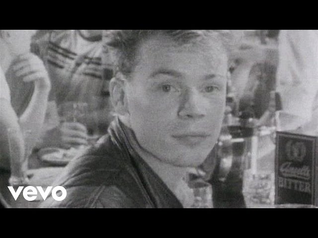 Video oficial de Red Red Wine UB40