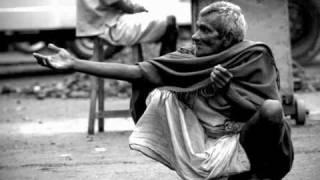 os solitarios ajudem o velhinho