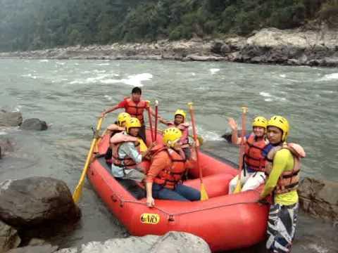 Ada rafting in Nepal 1