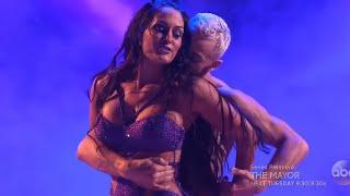 WWE NIKKI BELLA DESPACITO! (Dancing with the stars) width=