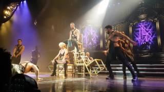 Piece Of Me 08 APR 2017 - Britney performs Do Somethin'
