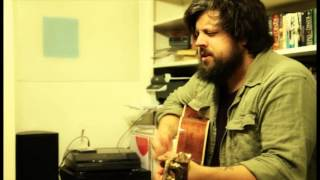 Casey Crescenzo (The Dear Hunter) - He Said He Had A Story (acoustic)