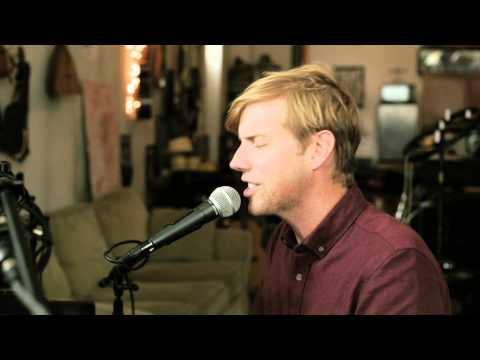 andrew-mcmahon-in-the-wilderness-see-her-on-the-weekend-shabby-road-sessions-andrew-mcmahon