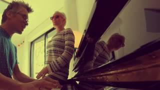 VIDEO DU LUNDI: Walk on the Wild Side (Cover Lou Reed) @Home