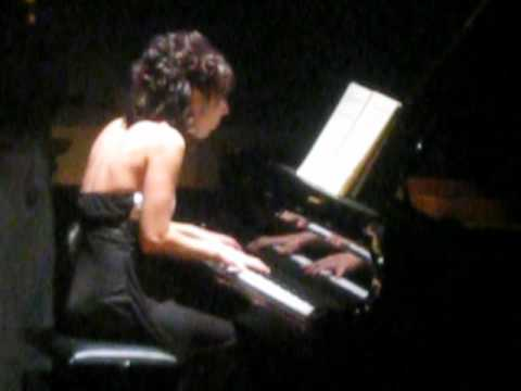 Karine Hémond - Pianist in La Tuque, Quebec