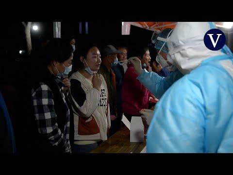 China hará la prueba del coronavirus a nueve millones de personas tras detectar 12 casos en Qingdao