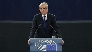 Juncker defiende en la Eurocámara cuotas obligatorias