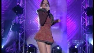 Alizee - Moi Lolita - live (HQ)