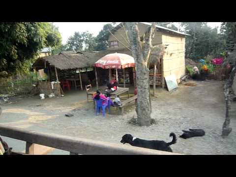 Chitwan-坐牛車遊村落03