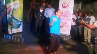 Chinês dançando marrabenta@top marrabenta