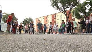 La Hispanitat surt al carrer per celebrar la festa del barri