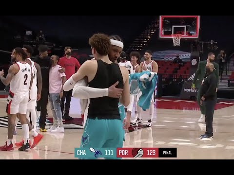 Carmelo Anthony And LaMelo Ball Exchange Jerseys After Hornets-Blazers Game