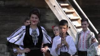 ELENA BALAN - Sus la munte la izvor