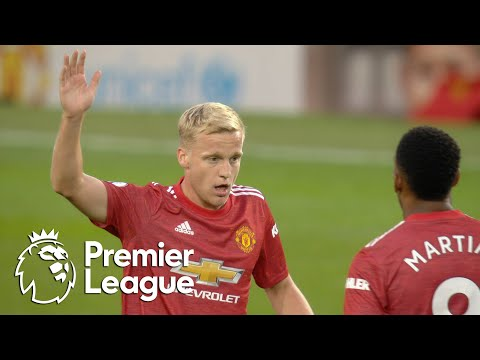 Donny van de Beek's debut goal gives Man United hope v. Crystal Palace | Premier League | NBC Sports