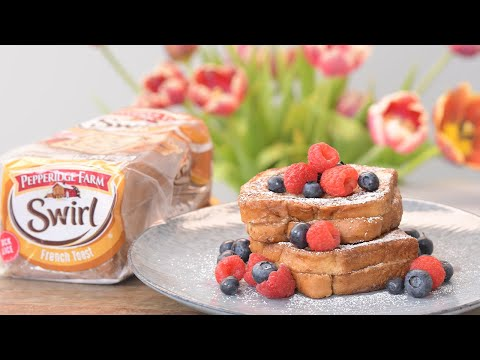 How to Make a Stuffed Peanut Butter & Jelly French Toast with @Pepperidge Farm Swirl Bread! So Yummy
