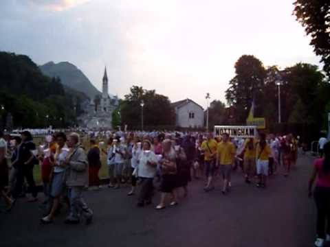 Lourdes prozession am 20.07 (findet täglich ab 21 Uhr statt)