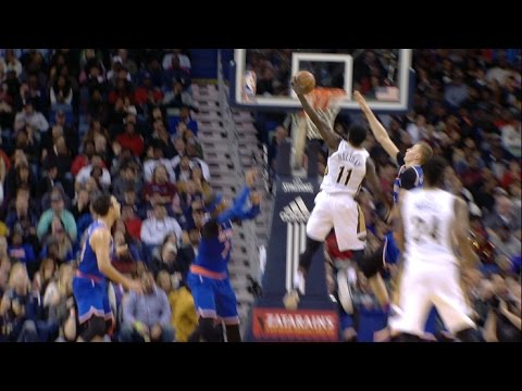 Jrue Holiday Crosses Over and Throws It DOWN Against the Knicks | 12.30.16