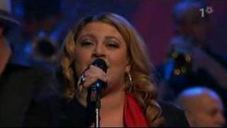 "Sarah Dawn Finer sings latin version of ""STAY"" on STINA - 07"