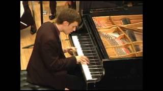 Bryan Wagorn, Piano. Kenneth Cooper, Conductor. Mozart Concerto K 467 No. 21 in C Major, III