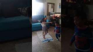 Logo te pate con ritmos latinos ft. Ximena Macias