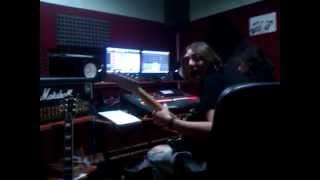 Johnny Lorca en estudio (guitarras)