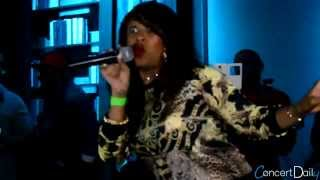 """Sunshine Anderson performing """"Heard It All Before"""" Live"""