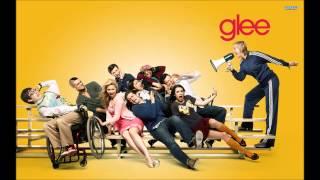 Womanizer - Glee (Audio)