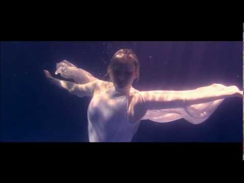 Baila de Nicole Letra y Video