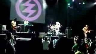 Zoe - Vinyl 2 (live)