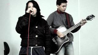 O amor e o poder-ROSANA, interpretada por Brenda (voz) e Rodrigo (violão)