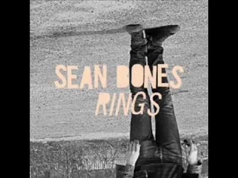 sean-bones-smoke-rings-alicia-pascual