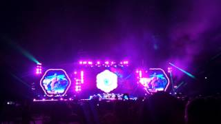 every teardrop is a waterfall - coldplay (LIVE IN SINGAPORE) 31st March 2017