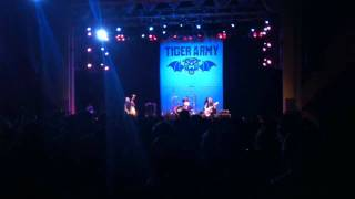Tiger Army - Horror Hotel (Misfits Cover - Live at OCTOBERFLAME IV)