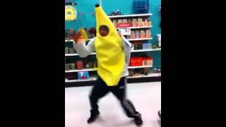 Steven cruz banana dance