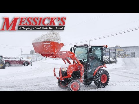 How to clear snow using your loader - Kubota B2650 Cab Compact Tractor Picture