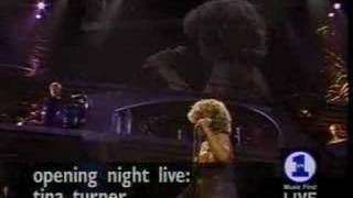 Tina Turner A Fool In Love Live 2000