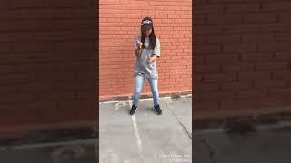 Menina dancando soca soca com força maloka