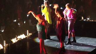 Scream - 2NE1 @ 2NE1 New Evolution Global Tour Newark NJ 8/17