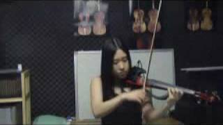 The happy song by Frank Mills performed by sori1004jy